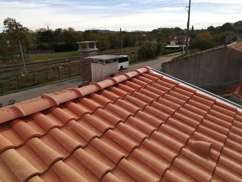 Accz toiture travaux de couverture dans les environs de gratens for Differente tuile